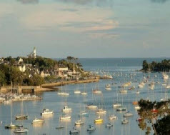 vacation rental properties near the seaside in brittany